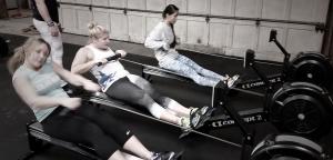 girls rowers